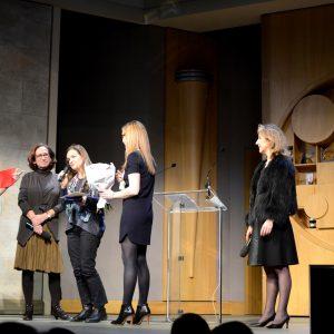 Anne Mirat remporte le prix Coup de coeur pour son bureau de créations textiles